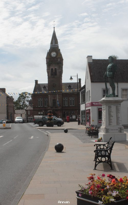 Annan townhall and War memorial