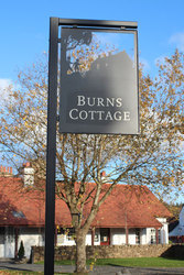 Burns Cottage signpost