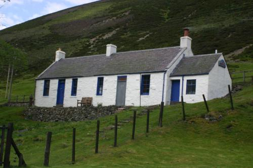 cottages at wanlockhead